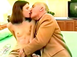 Sexy slut undresses her self before getting pussy licked and fucked