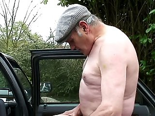 Voyeur grandpa catches horny couple enjoying oral sex in a car, gets his cock sucked and fingers young pussy